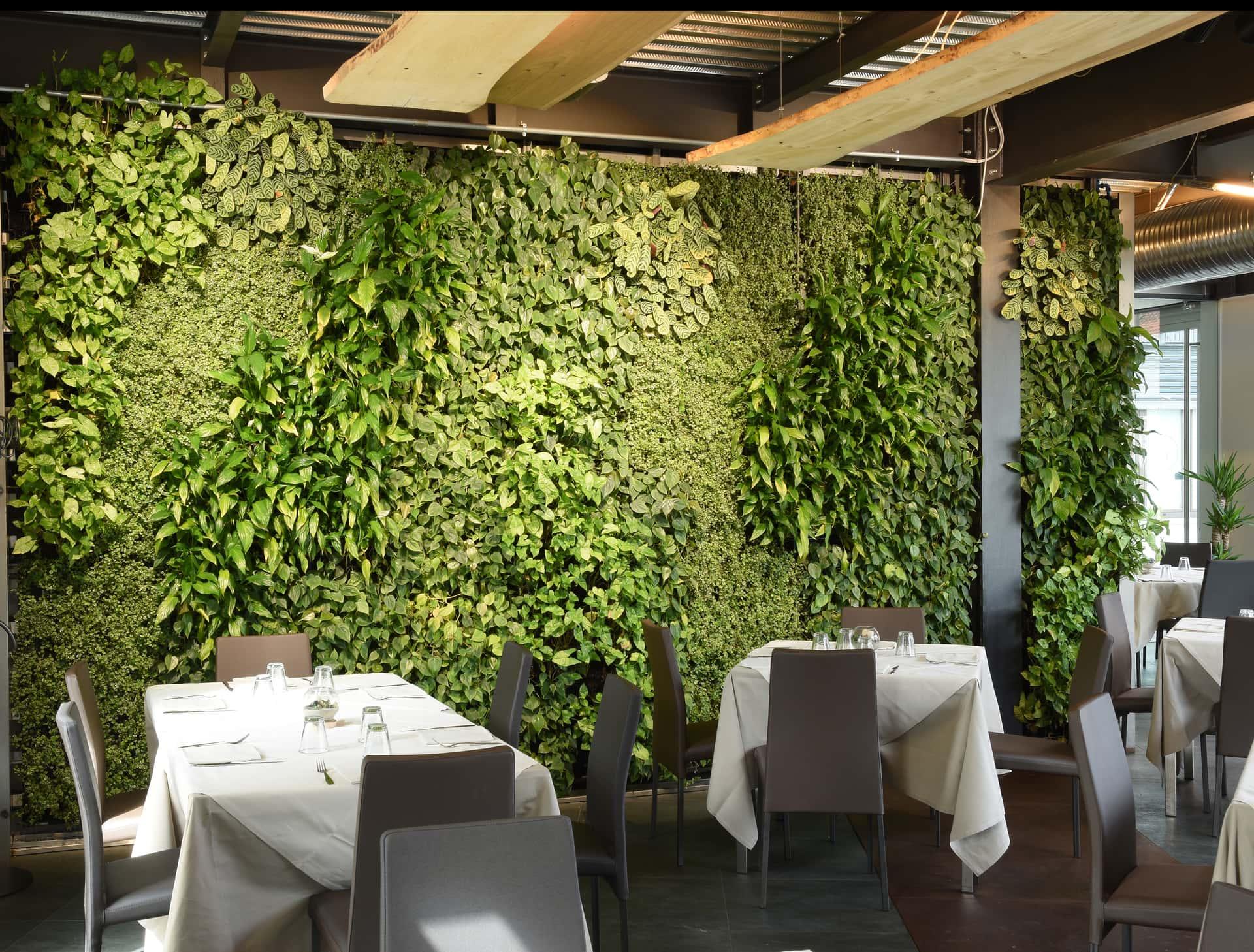 Giardini verticali ristorante il dollaro divomi design vivo milano for Giardini verticali milano